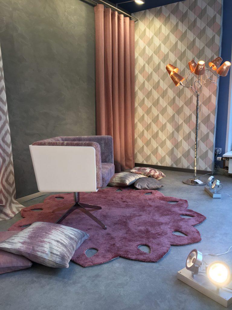 Einzigartiger Teppich für Lieblingssessel - Trebes Raumausstattung