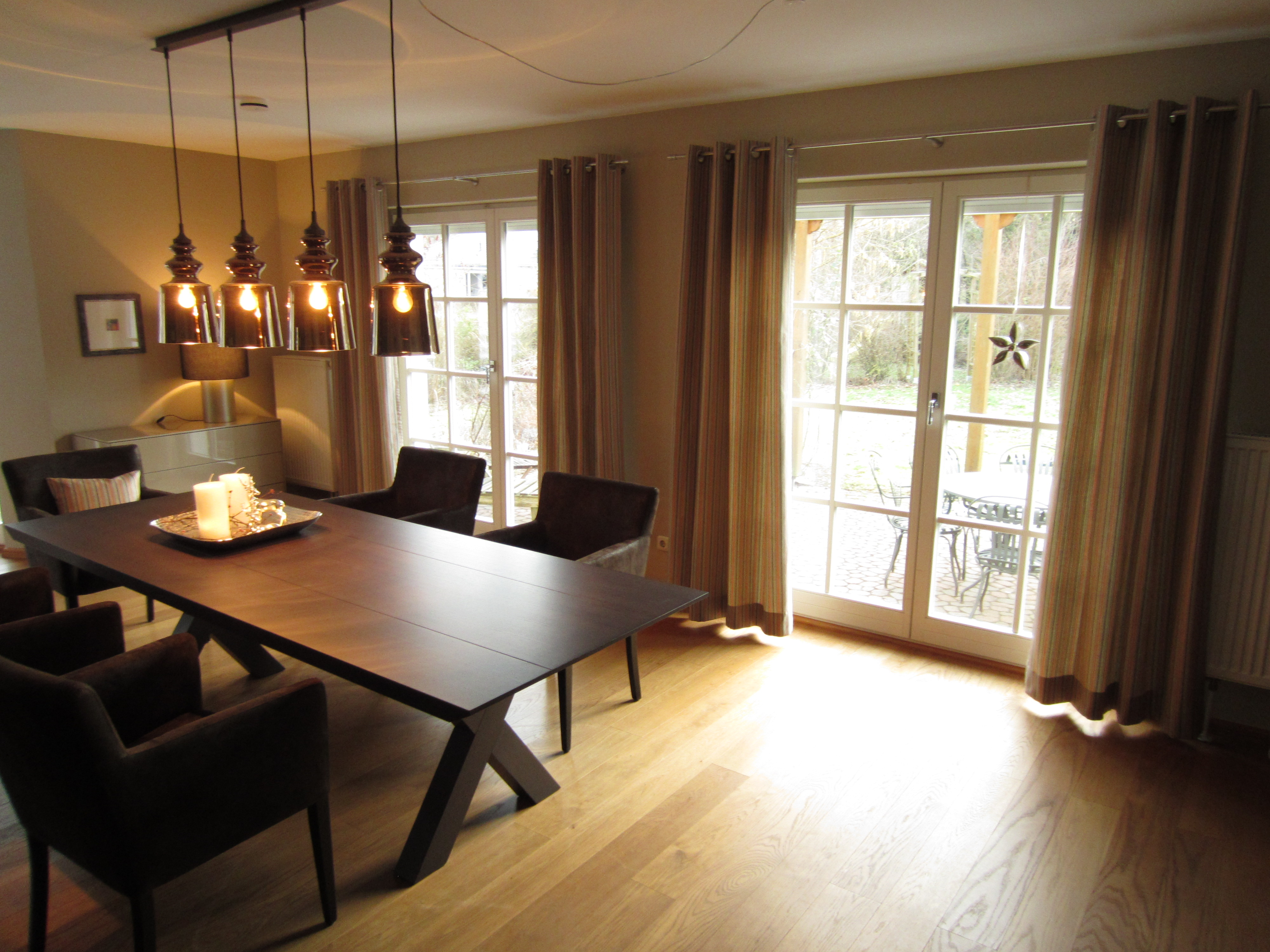 gardinen und vorh nge trebes raumausstattung. Black Bedroom Furniture Sets. Home Design Ideas