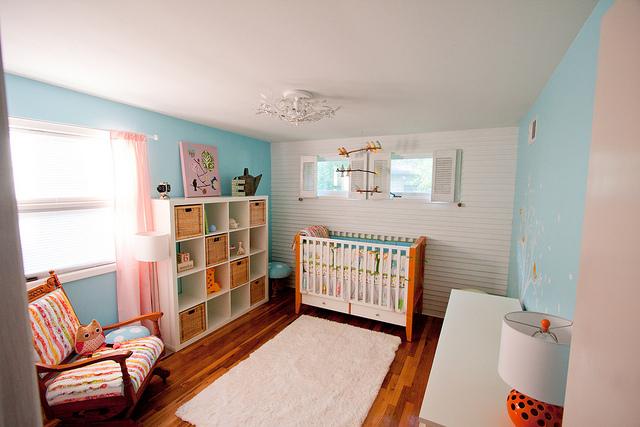 Kork oder Teppich? Am besten Beides! Das sieht nicht nur fantastisch aus, es sind auch die besten Bodenbeläge für ihre Kinder. (Bild: Jamison Hiner via flickr)