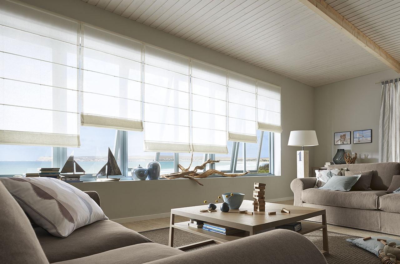 unser neuer faltrollo quer und klar trebes raumausstattung und inneneinrichtung. Black Bedroom Furniture Sets. Home Design Ideas