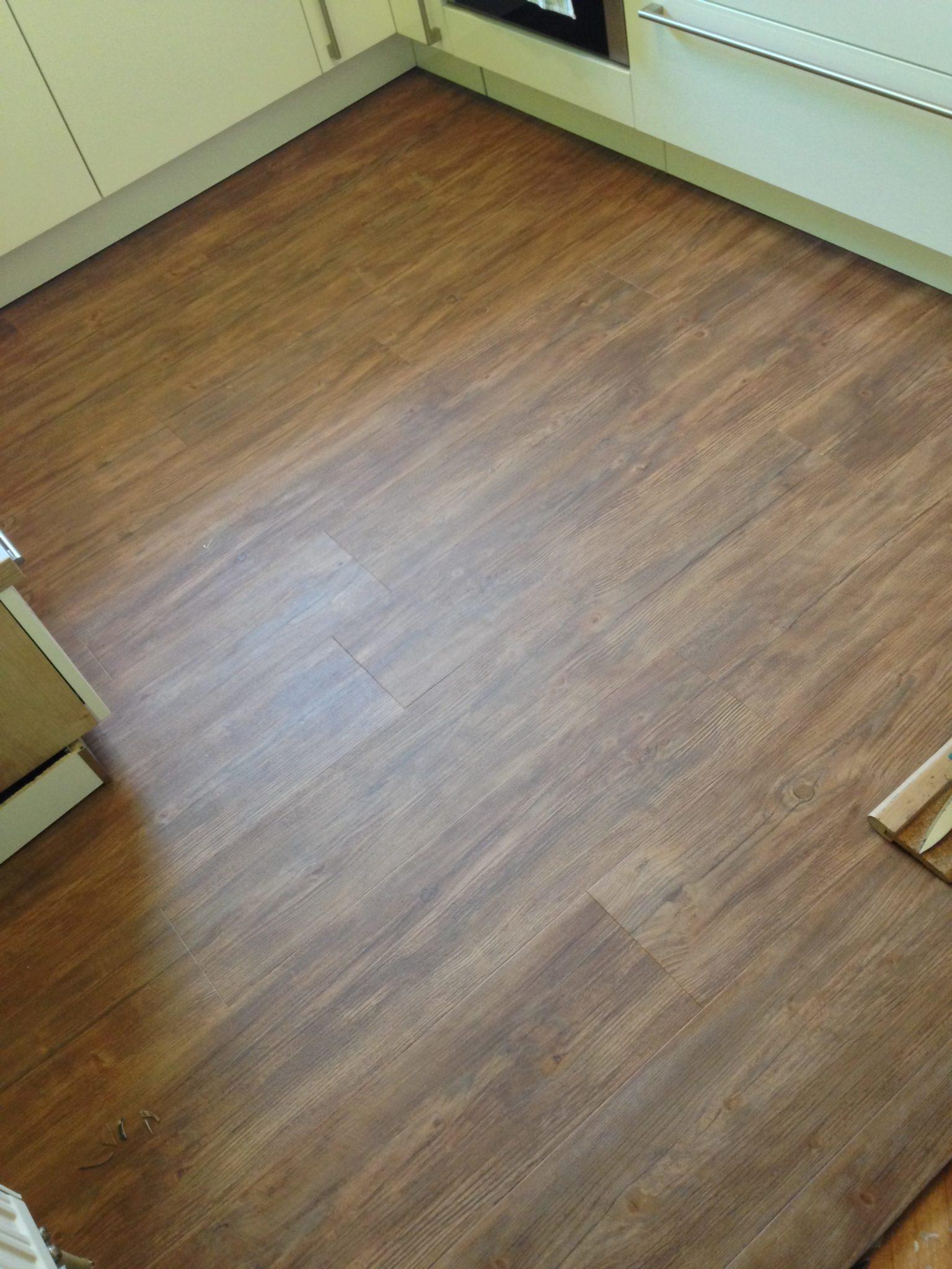 vinylboden kche affordable fett violett vinylboden fr. Black Bedroom Furniture Sets. Home Design Ideas