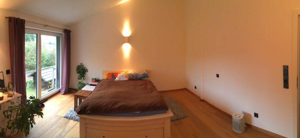 So sah das Schlafzimmer aus bevor wir losgelegt haben.