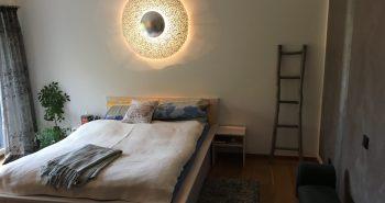 Mit wenigen Handgriffen sieht das Schlafzimmer aus wie neu.