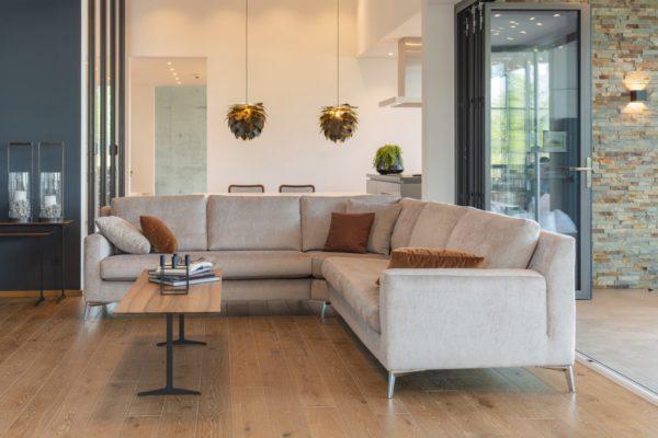 Frei in Form und Farbe. Warum also lange suchen um das richtige Sofa zu finden, wenn man es sich gleich selber zusammenstellen kann?